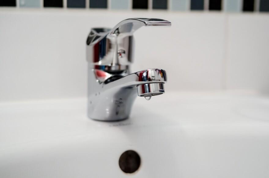 plumber-2788334_1280.jpg