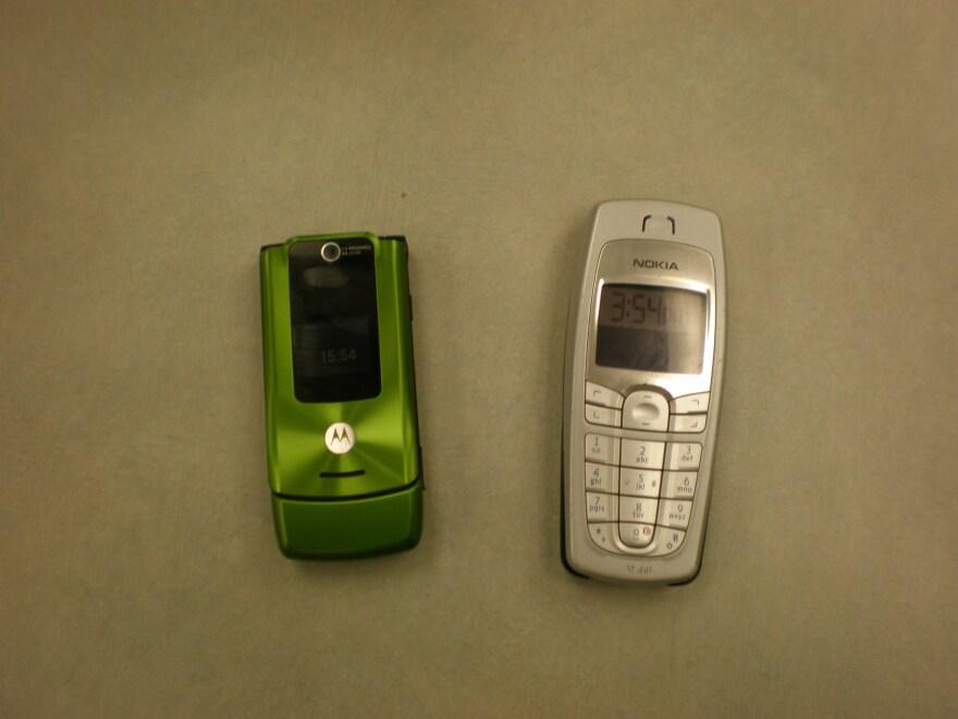 Generic_Cell_Phones_001.jpg
