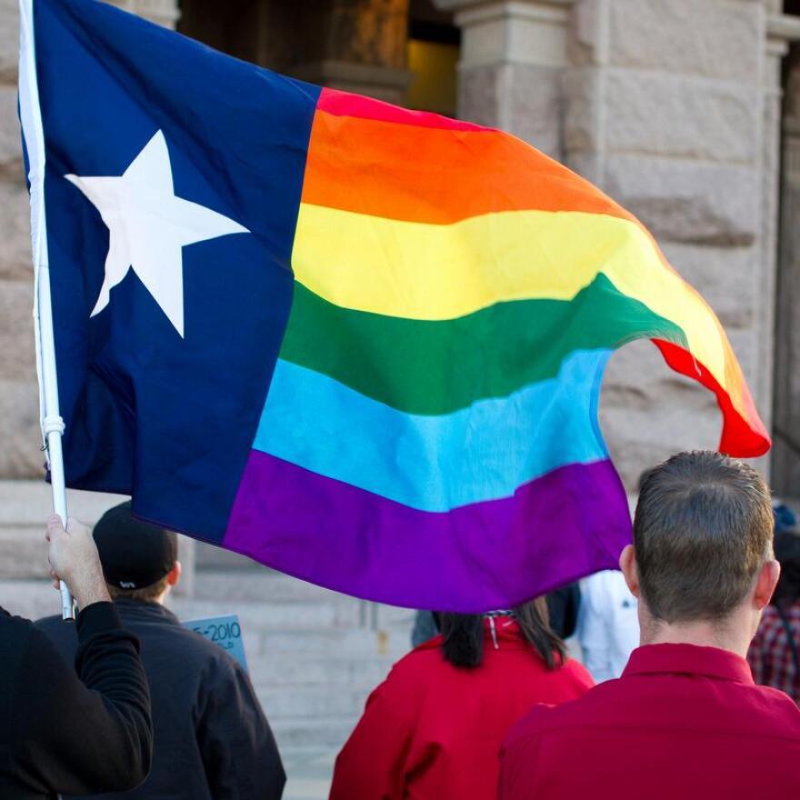 same-sex_marriage_texas_0.jpg