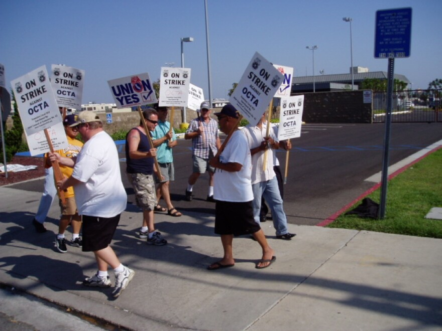picket_line_california_strike.jpg