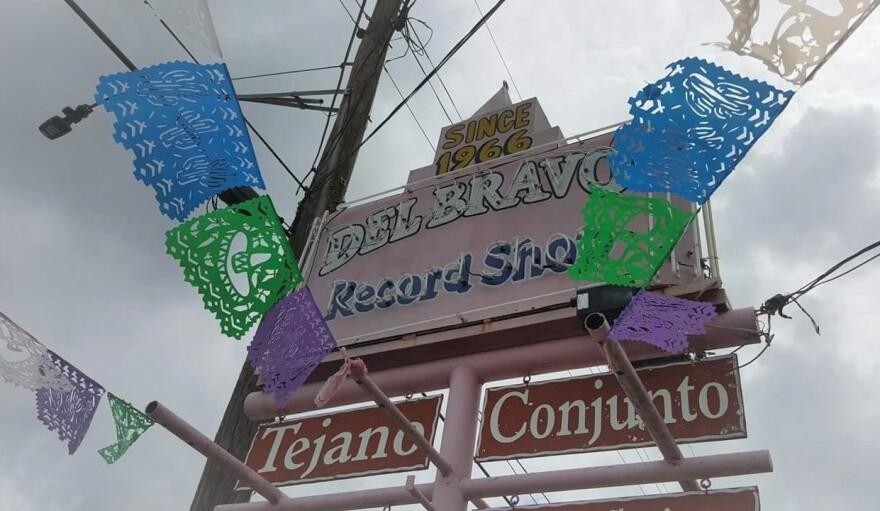 Del_Bravo_Records.jpg