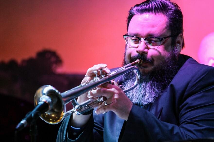 AdrianRuiz_trumpet_2017_JustinDeHoyos.jpg