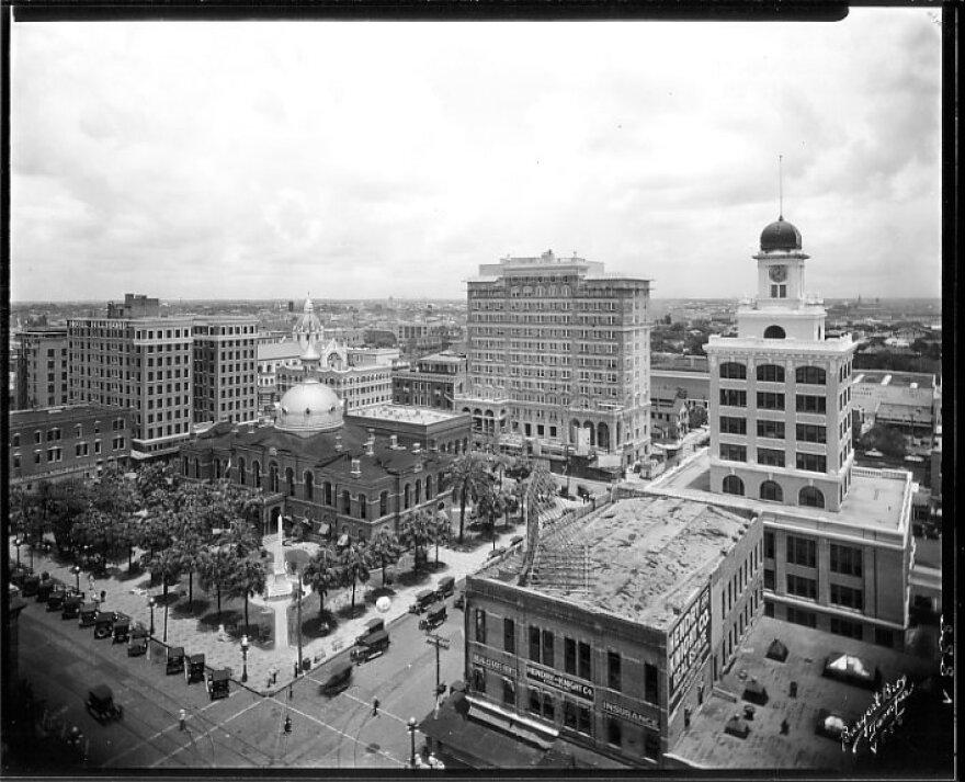 downtown_1.jpg