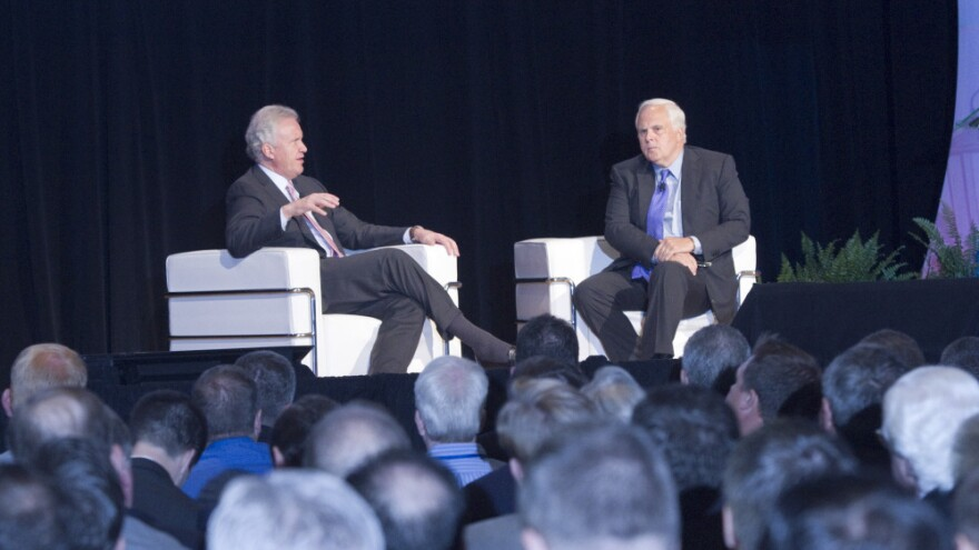"""<p>General Electric CEO Jeff Immelt (left) and FedEx CEO Fred Smith were featured speakers at the """"Leading from the Middle"""" conference, focused on businesses with annual sales of $10 million to $1 billion. </p>"""