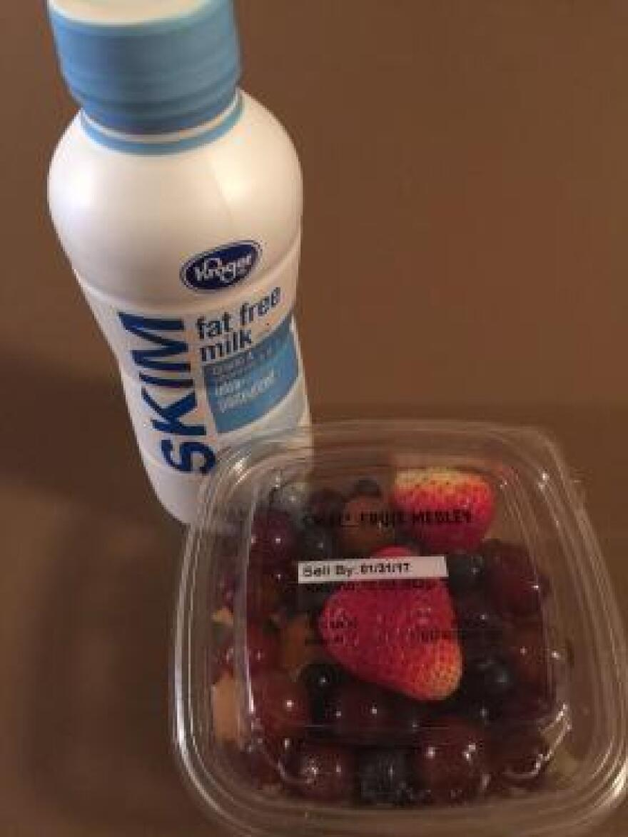 A single serving of fat-free milk and a 10-oz. fruit medley at a Kroger grocery store costs $3.98 and offers 241 calories and two grams of fat.