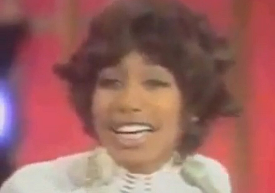 Jessica Cleaves made a name for herself as a lead singer with the group Friends of Distinction. She later played with Earth, Wind & Fire as well as George Clinton