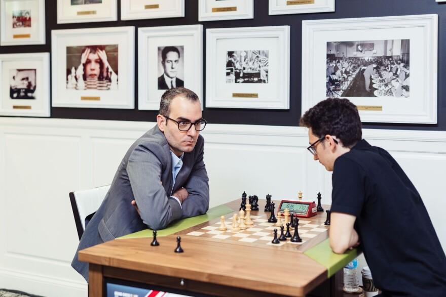 Clutch Chess Tournament Participants, GM Leinier Dominguez playing GM Fabiano Caruana in 2019 Saint Louis Rapid & Blitz