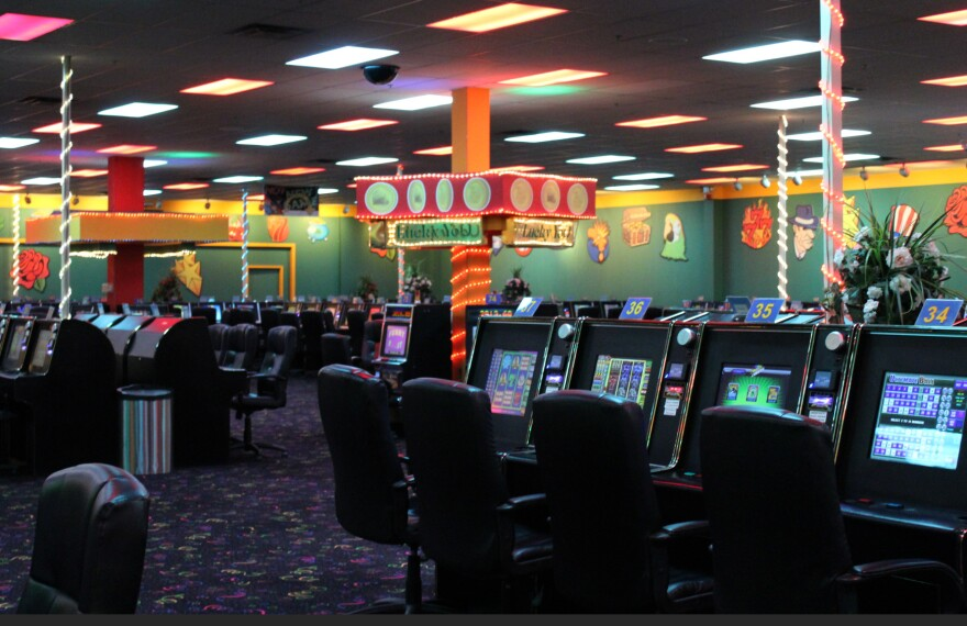 picture of the inside of a casino