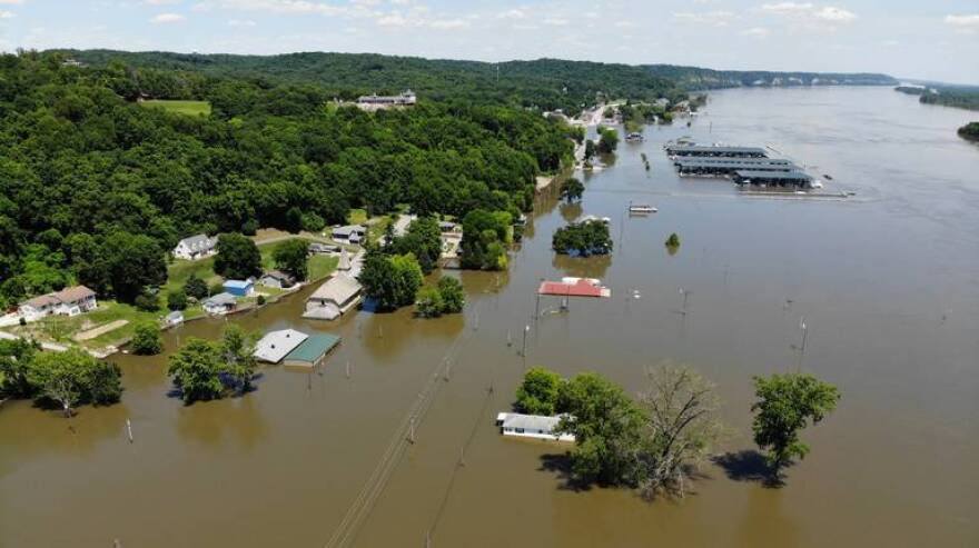 The Illinois River has crested in Grafton, just north of the confluence the Illinois and Mississippi River.