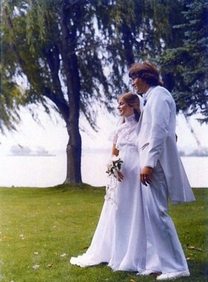 Lea and Bandy were married in 1981.
