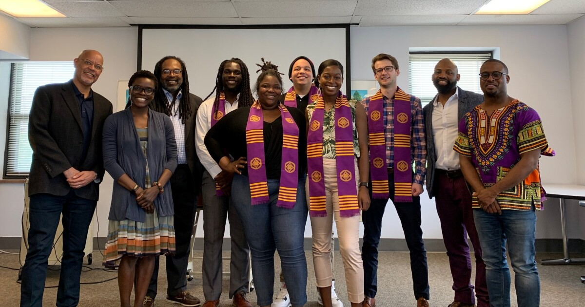 captone grads with faculty spring 2019 002.