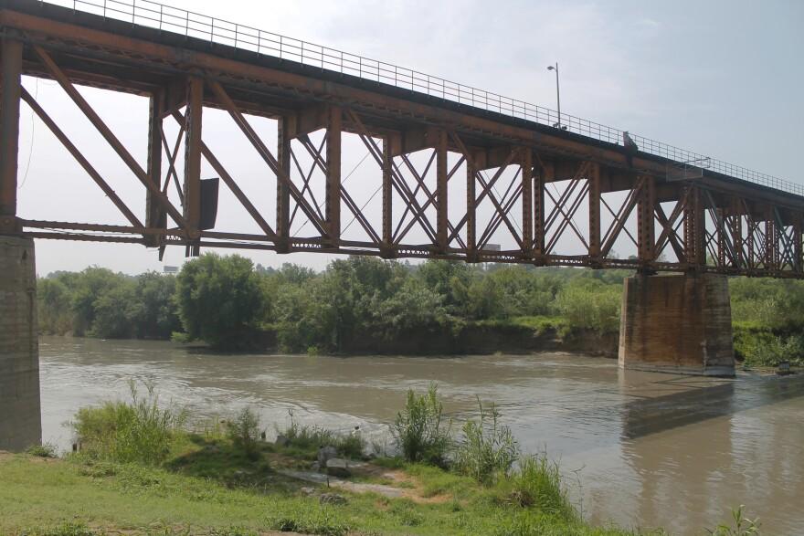 A bridge connecting Laredo and Nuevo Laredo.
