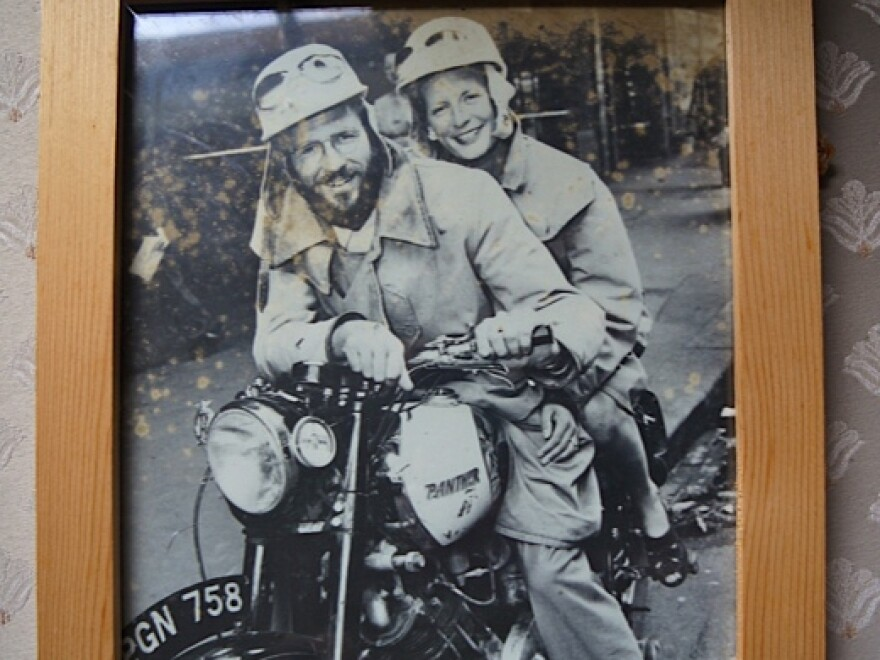 """Geoff Mack, who wrote """"I've Been Everywhere,"""" and his wife, Tabby Garmisch, take to the road."""