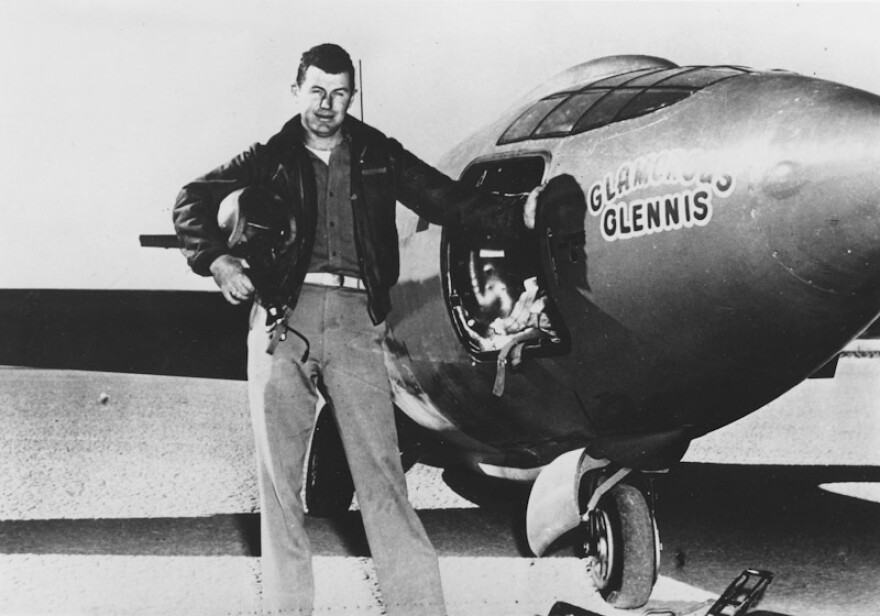 Yeager beside the Bell X-1 rocket plane Glamous Glennis.