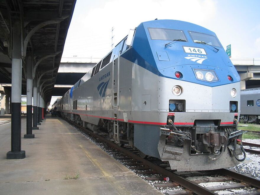 Amtrak, Train