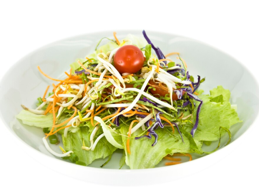 <p>Would you remember exactly what was in this salad more than a week after eating it?</p>