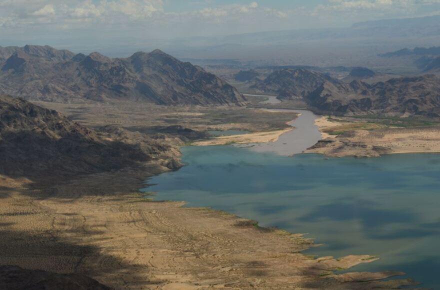 colorado_river_meets_lake_mead.jpg