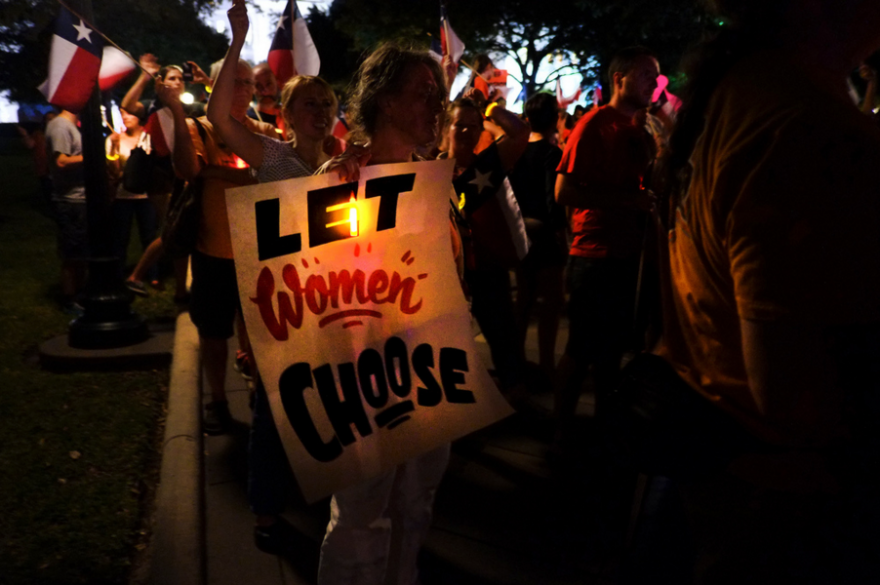 abortion_rights_protest_july_2013.png