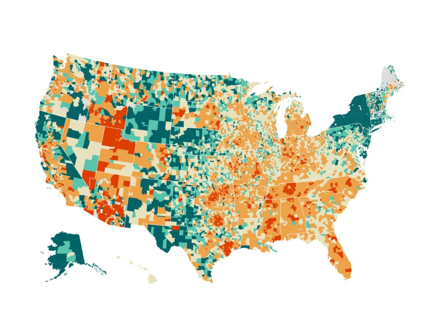 Map of U.S. school funding by district: Red indicates less funding; green indicates more funding.
