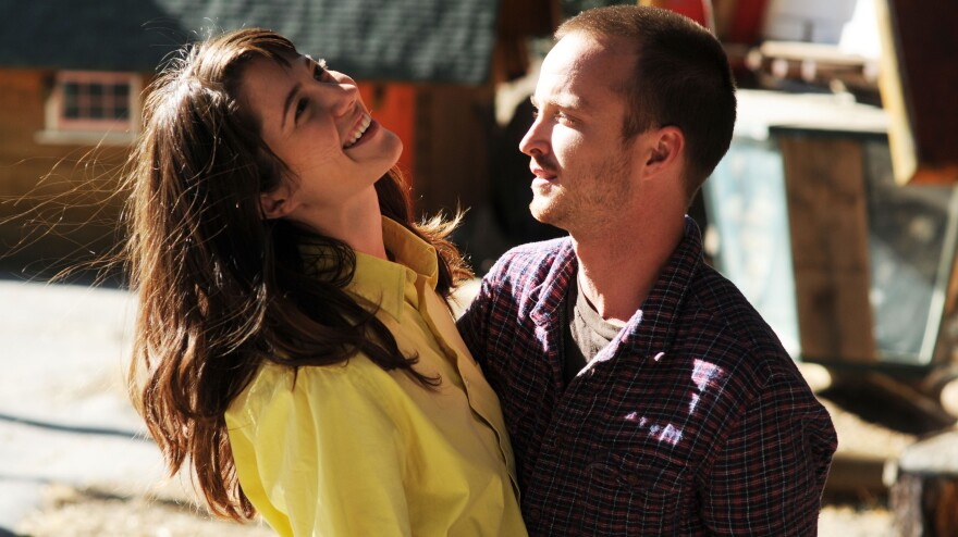 Kate Hannah (Mary Elizabeth Winstead) and Charlie (Aaron Paul) in <em>Smashed</em>.