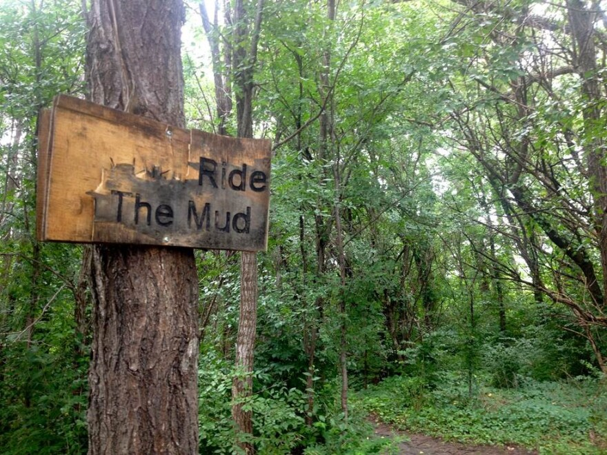ride_the_mud_2.jpg