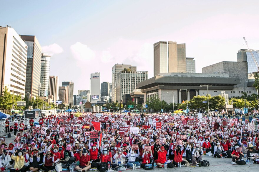 South Korean women protest against sexism and hidden-camera pornography. The women staged the protest to urge South Korean government to come up with measures to tackle sexual abuse involving hidden cameras.