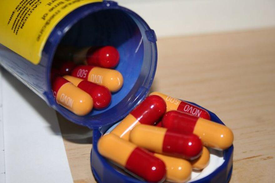 NOVAMOXIN_antibiotic.jpg