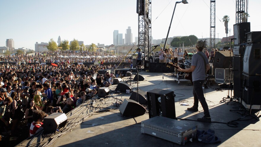 No Age performing at FYF Fest at the Los Angeles State Historic Park in August 2013.