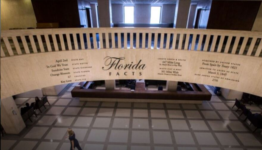 list of Florida facts on overhang in Capitol building