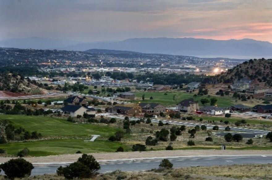 Photo overlooking houses