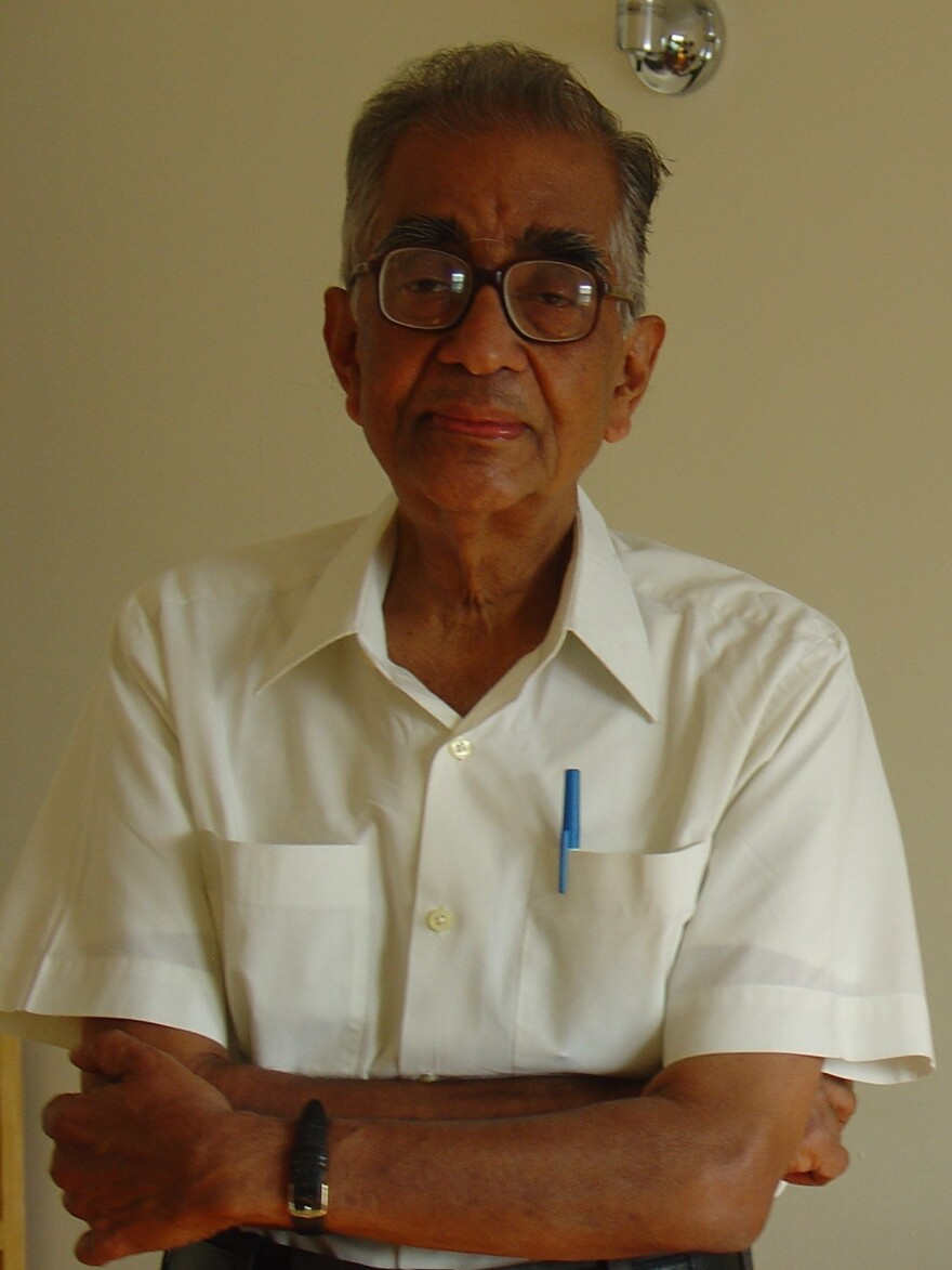 C.V. Vishveshwara in 2007 in Oak Park, Illinois.