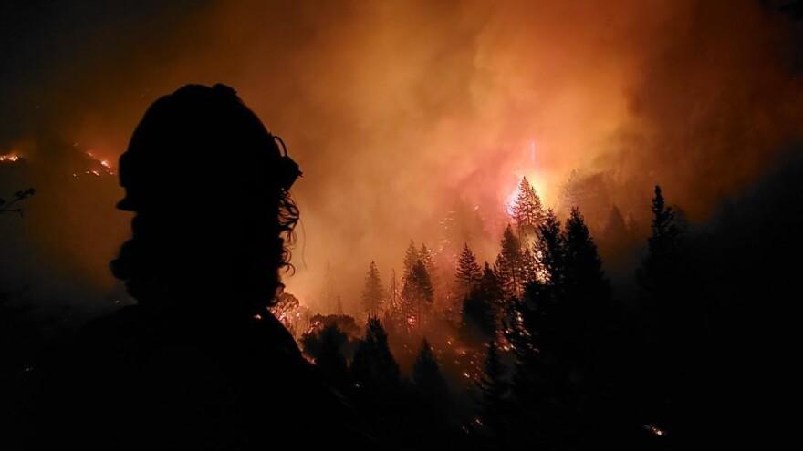 grizzly_creek_fire_20200822-alpine-ihc.jpeg