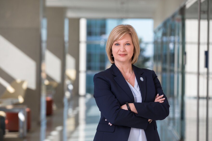 "LouAnn Woodward, who leads the University of Mississippi Medical Center, supports a statewide mask mandate. But she says state leaders are ""in a pickle,"" based on medical advice against popular opposition."