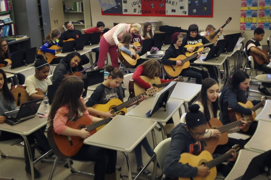 Zielke teaches eighth-graders to play the 12-bar blues in general music class.