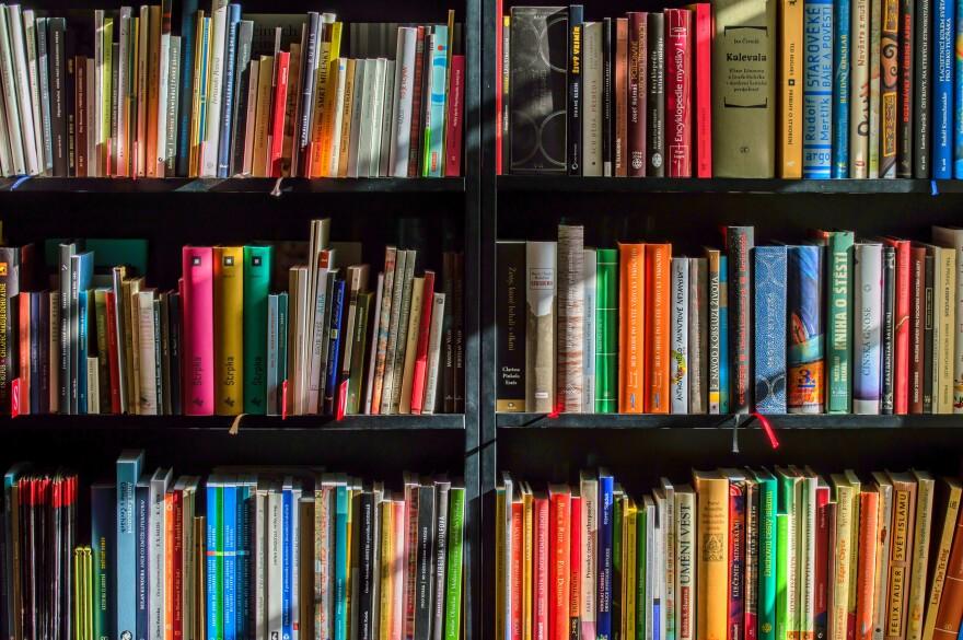 books-1204029.jpg