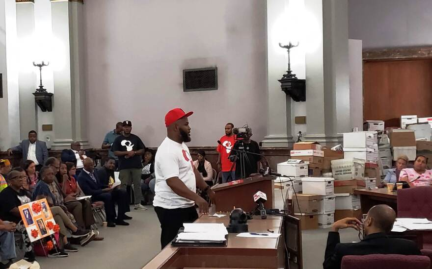 Darren Seals, the founder of an anti-violence group called the Sankofa Unity Center, speaks on Sept. 24, 201 in favor of a bill that allocates about $5 million for a program called Cure Violence. The measure passed the public safety committee unanimously.