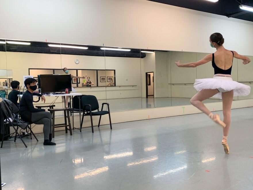 102120_JG_Ballet-2.jpg