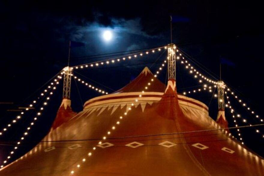 053113_Circus_Flora_at_night_-_Courtesy_Circus_Flora.jpg