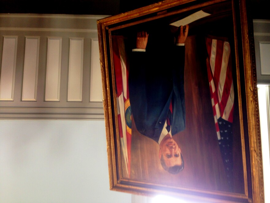 Gov. Askew's portrait sat next to his coffin on the second floor of the Historic Capitol.