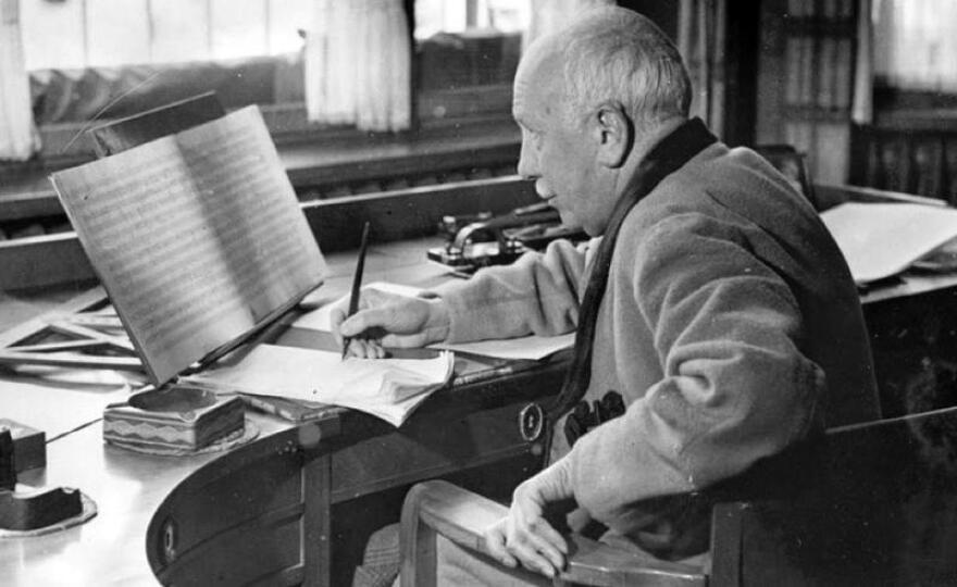 R Strauss Composing - Show 31.jpg