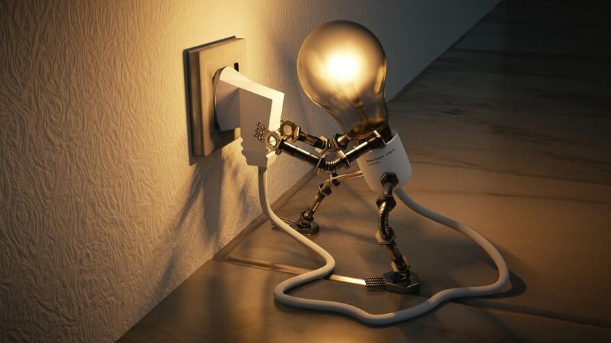 light_bulb_plugging_in.jpg