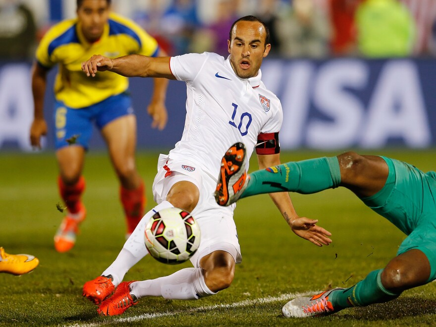 Landon Donovan attempts to score against Ecuador in his final game on the U.S. soccer team.