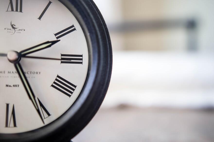 clock_flikr_marco_verch.jpg