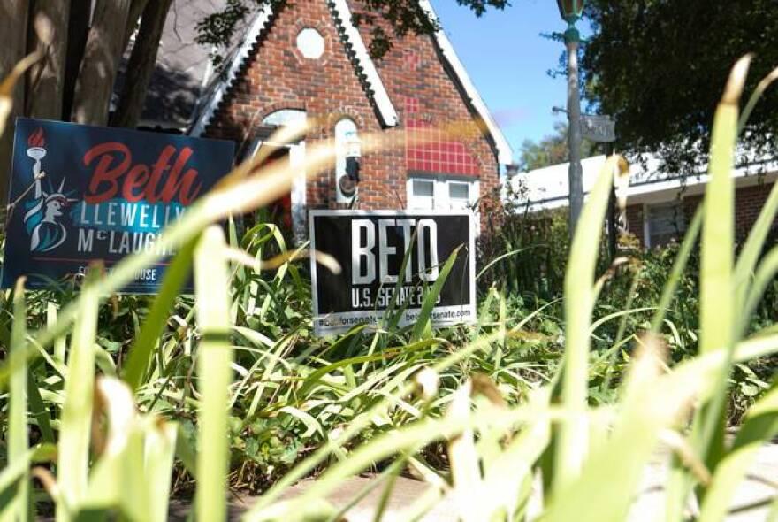 Beto_sign_LBH_TT.jpg