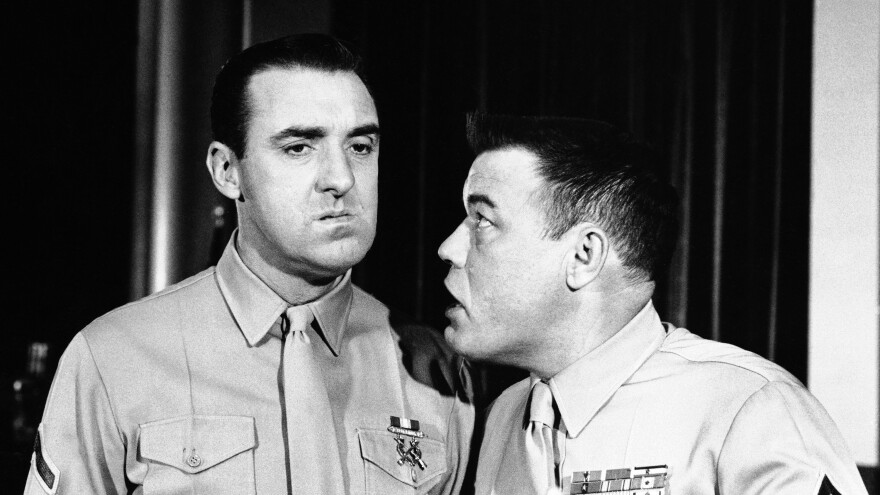 Jim Nabors, in a 1964 episode of <em>Gomer, U.S.M.C.</em>, getting chewed out by Frank Sutton as Gunnery Sgt. Vince Carter.