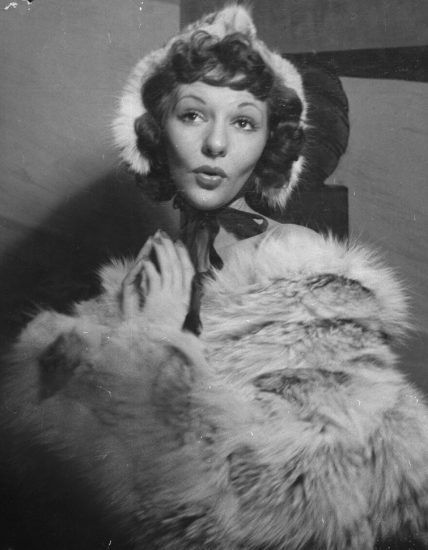 """Actress Mary Martin, who famously stopped the show with her performance of Cole Porter's """"My Heart Belongs to Daddy,"""" sings the number during a performance of the 1939 Broadway production of the musical <em>Leave It to Me</em>."""
