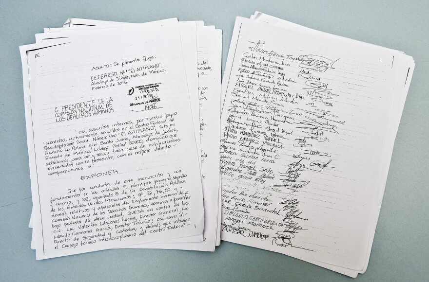 """Reproduction of a letter to the National Commission of Human Rights from criminals, drug dealers, murderers and kidnappers in """"El Altiplano,"""" Mexico's highest-security prison."""