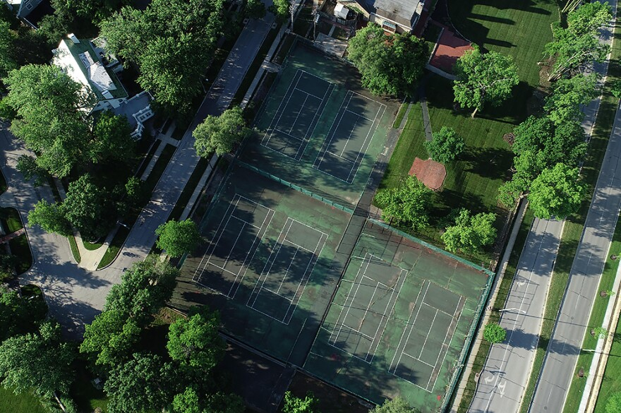 Tennis_courts_sized_1.jpg
