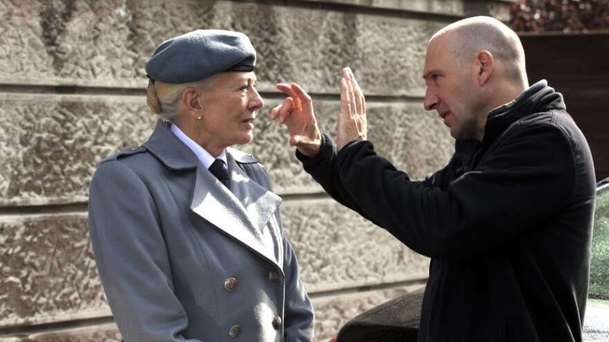 <strong>Caius In Charge:</strong> Ralph Fiennes directs co-star Vanessa Redgrave in his big-screen adaptation of Shakespeare's <em>Coriolanus.</em>