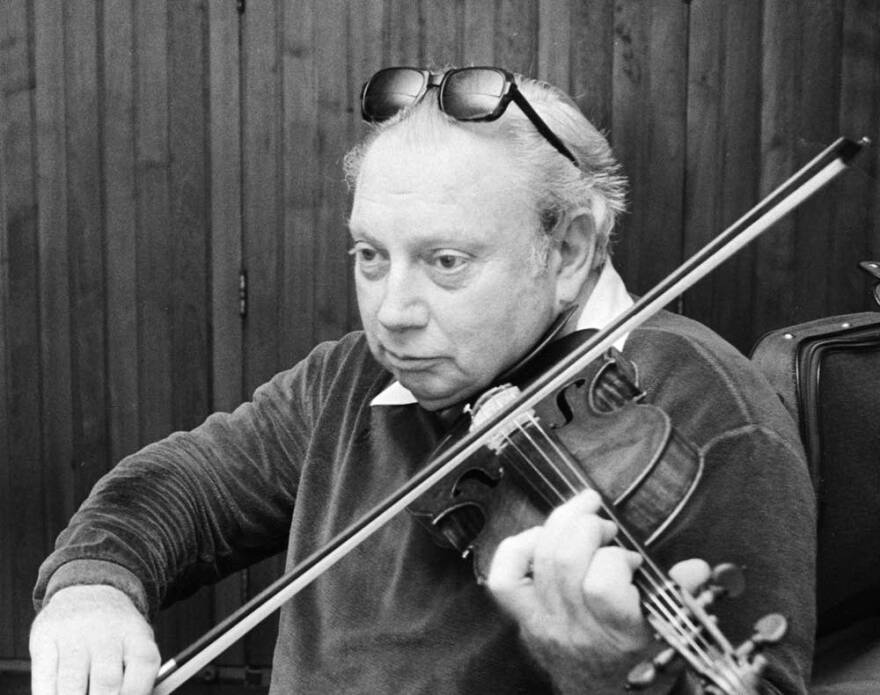 Isaac Stern Violinist